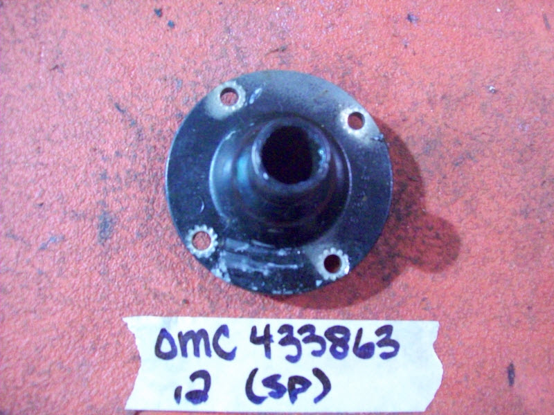 Johnson Evinrude OMC Crankcase Housing 433863